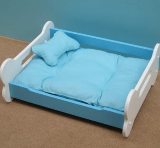 Douge Couture wooden bone shape dog bed (blue color)